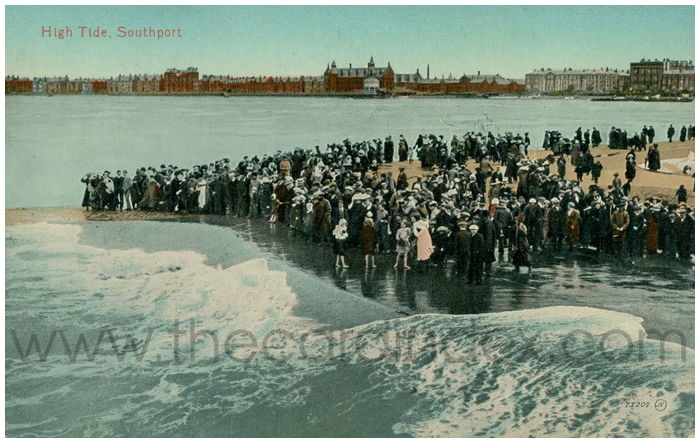 Postcard front: High Tide, Southport