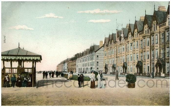 Postcard front: Rhyl Esplanade.