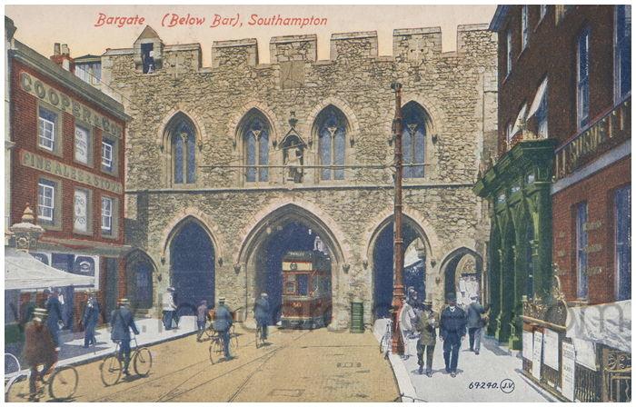 Postcard front: Bargate (Below Bar), Southampton