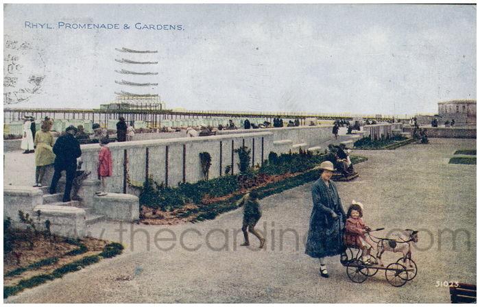 Postcard front: Rhyl. Promenade & Gardens.