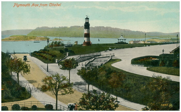 Postcard front: Plymouth Hoe from Citadel