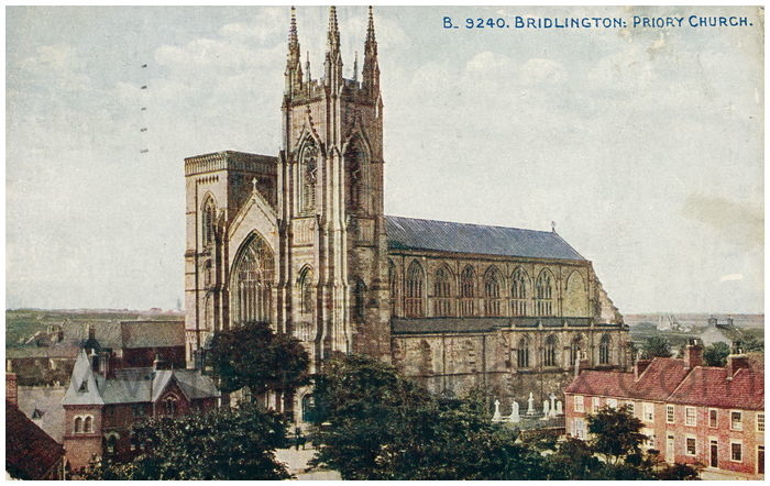 Postcard front: Bridlington: Priory Church.