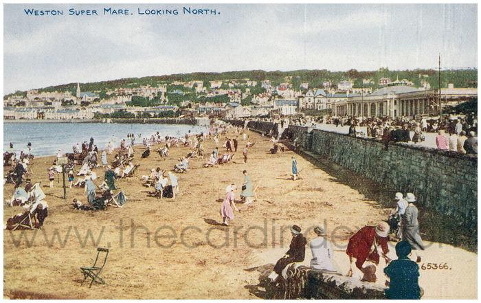 Postcard front: Weston Super Mare. Looking North.