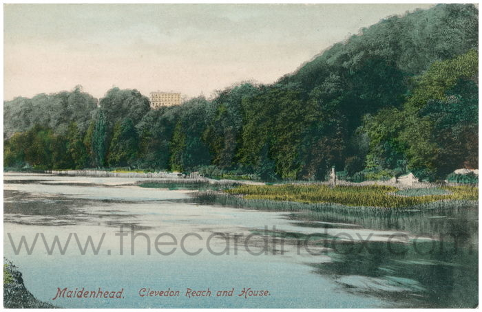 Postcard front: Maidenhead. Clevedon Reach and House.