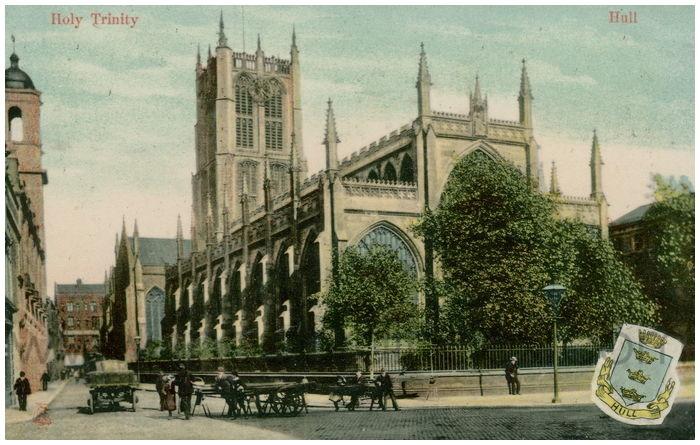Postcard front: Holy Trinity - Hull