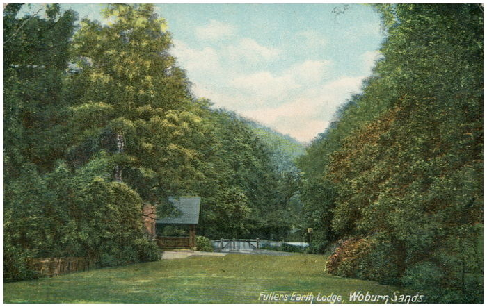 Postcard front: Fullers Earth Lodge, Woburn Sands.