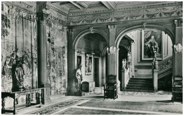 Postcard front: Cliveden, Buckinghamshire The Main Hall
