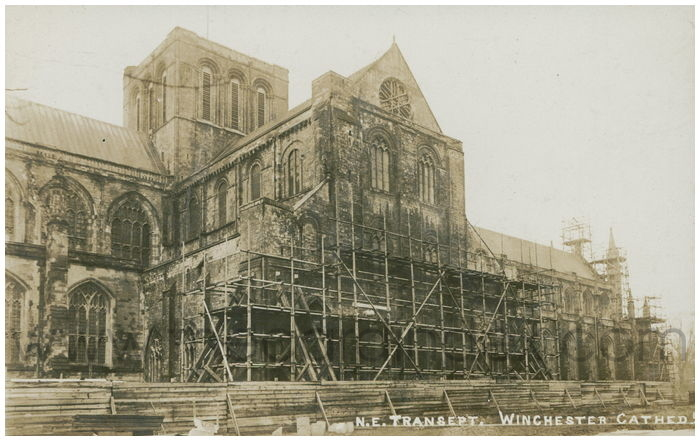 Postcard front: N.E. Transept. Winchester Cathed.
