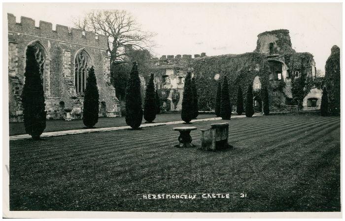 Postcard front: Herstmonceux Castle