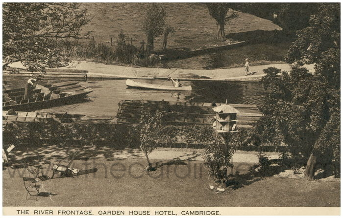 Postcard front: The River Frontage. Garden House Hotel. Cambridge.