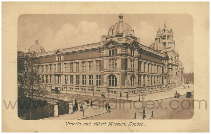 Postcard front: Victoria and Albert Museum, London.