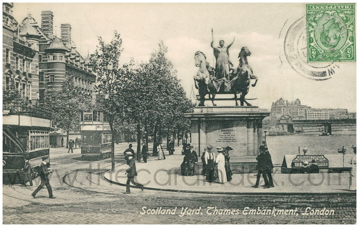 Postcard front: Scotland Yard, Thames Embankment, London