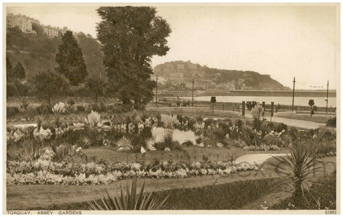 Postcard front: Torquay, Abbey Gardens