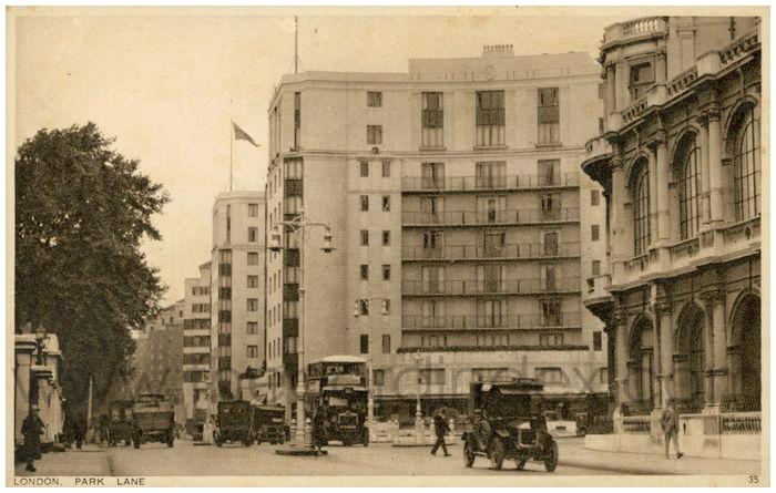 Postcard front: London. Park Lane.