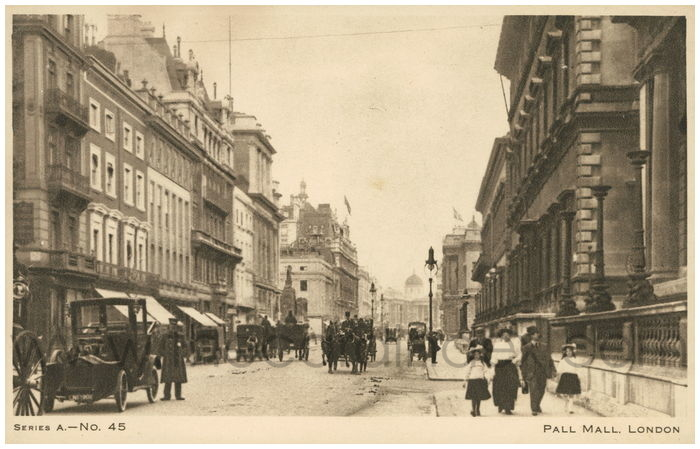 Postcard front: Pall Mall. London