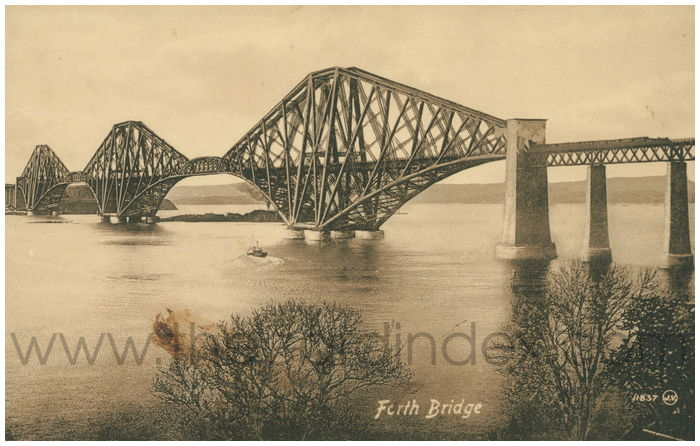 Postcard front: Forth Bridge