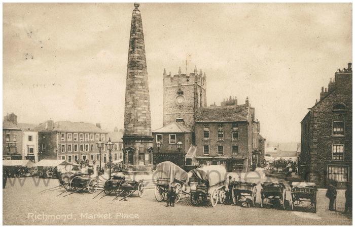 Postcard front: Richmond, Market Place.