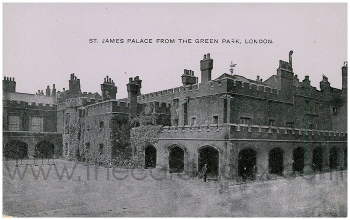 Postcard front: St. James Palace from the Green Park, London.