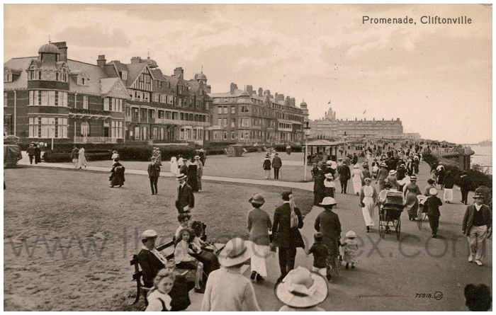 Postcard front: Promenade, Cliftonville