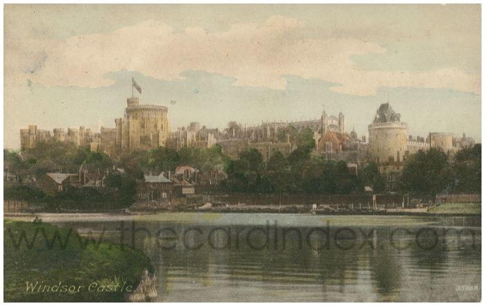 Postcard front: Windsor Castle.