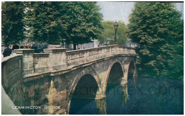 Postcard front: Leamington Bridge