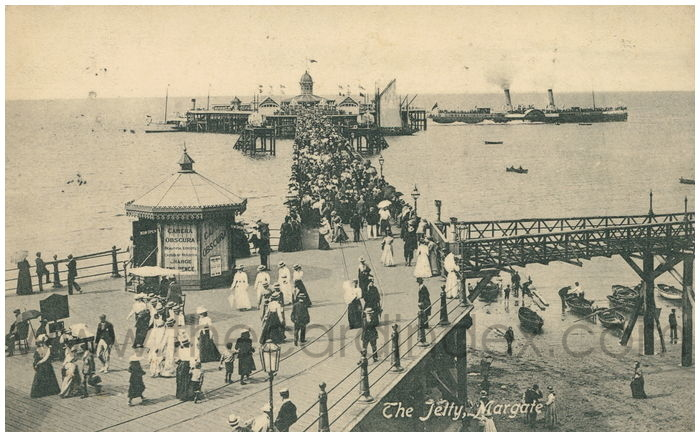 Postcard front: The Jetty, Margate