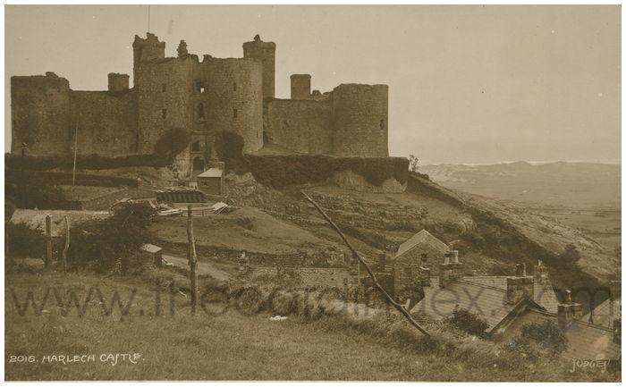 Postcard front: Harlech Castle.