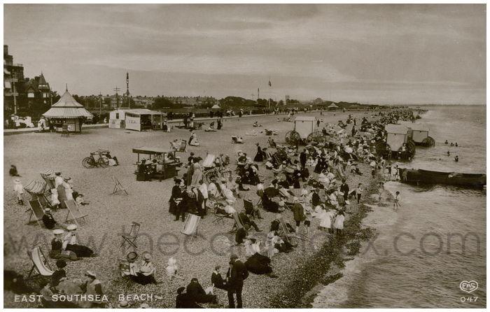 Postcard front: East Southsea Beach.