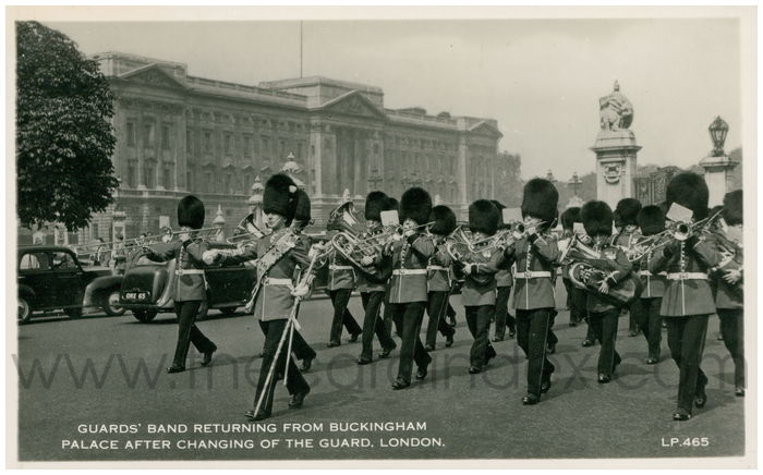 Postcard front: Guard's Band Returning from Buckingham Palace After Changing of the Guard, London.