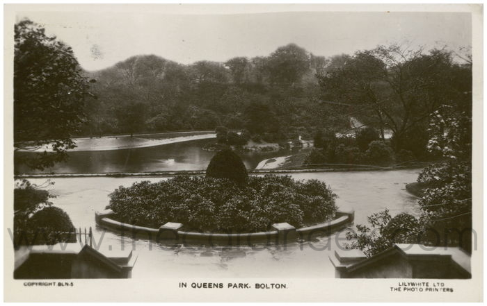 Postcard front: In Queens Park, Bolton.