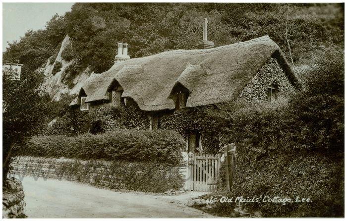 Postcard front: Old Maid's Cottage, Lee.