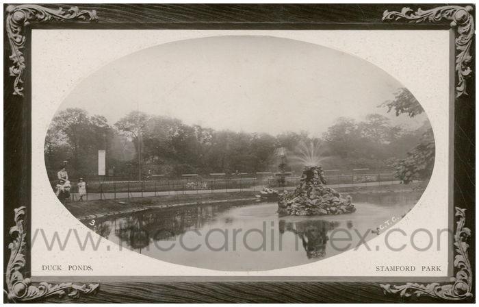 Postcard front: Duck Ponds. Stamford Park