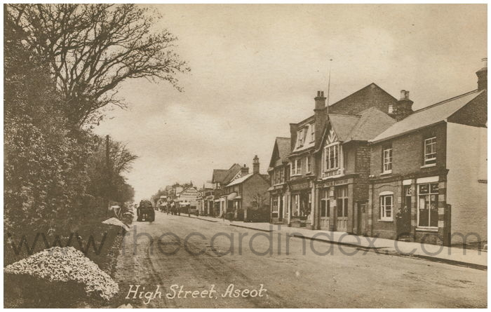 Postcard front: High Street, Ascot.