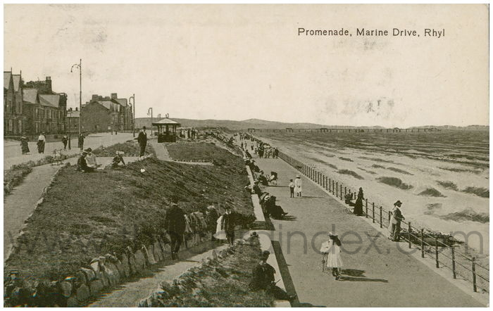 Postcard front: Promenade, Marine Drive, Rhyl