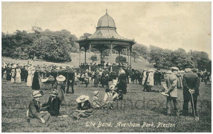 Postcard front: The Band, Avenham Park, Preston