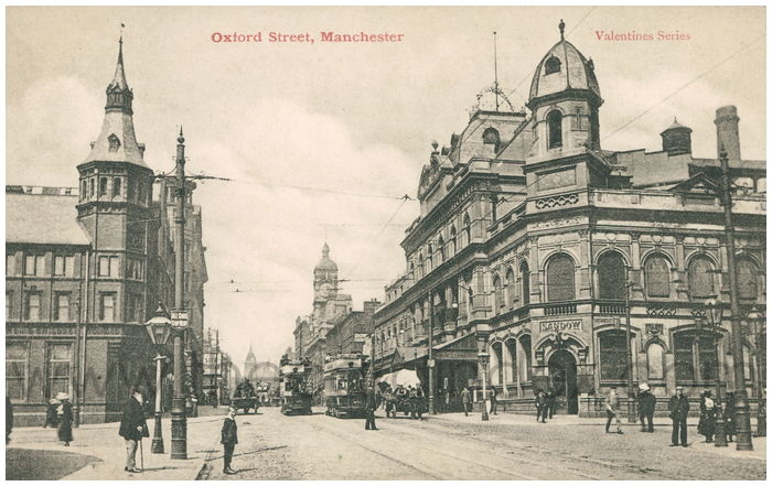 Postcard front: Oxford Street, Manchester