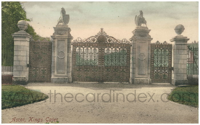 Postcard front: Ascot, Kings Gates