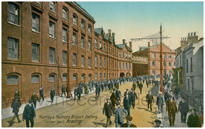 Postcard front: Huntley & Palmers Biscuit Factory, (Dinner hour) Reading.