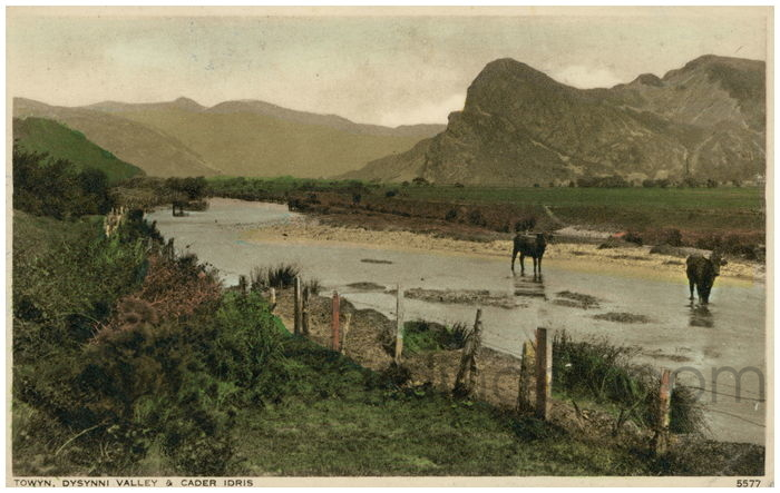 Postcard front: Towyn, Dysynni Valley & Cader Idris