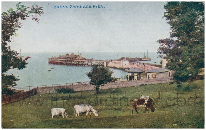Postcard front: Swanage Pier.