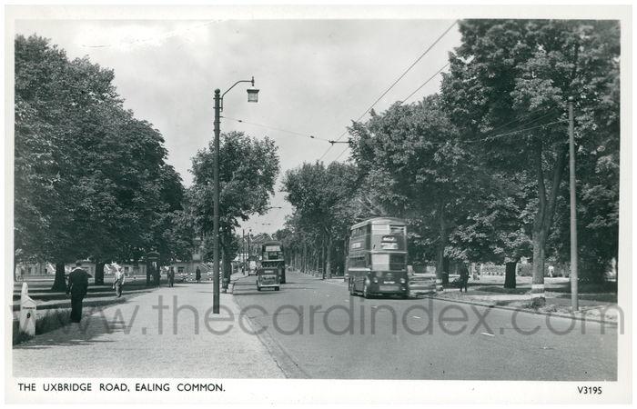 Postcard front: The Uxbridge Road, Ealing Common