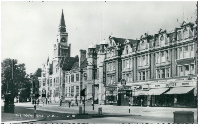 Postcard front: The Town Hall, Ealing