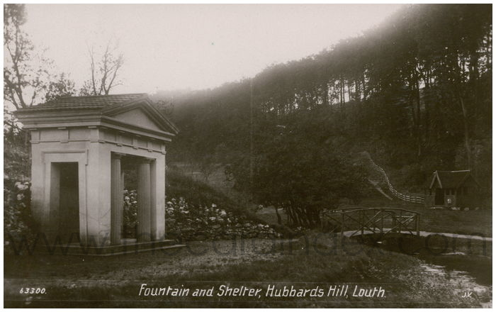 Postcard front: Fountain and Shelter, Hubbards Hill, Louth