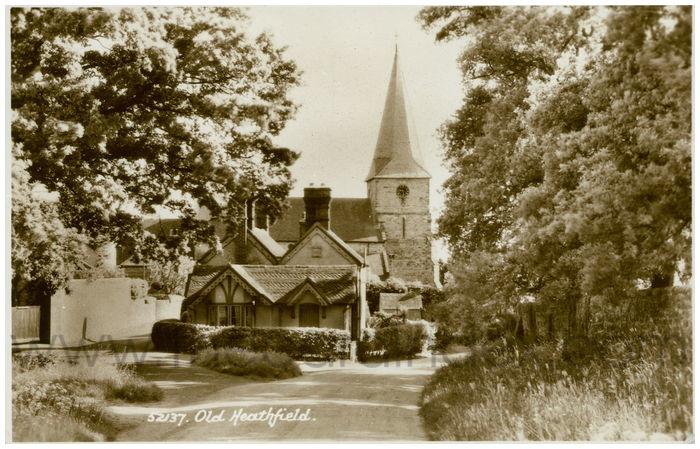 Postcard front: Old Heathfield.