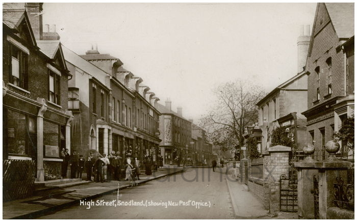 Postcard front: High Street, Snodland, (showing New Post Office)