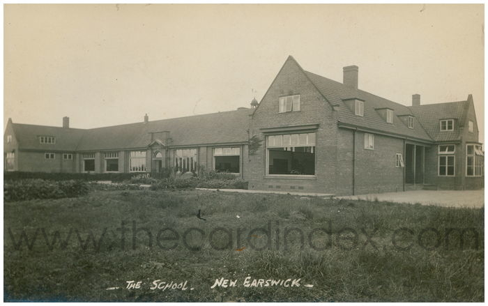Postcard front: The School - New Earswick