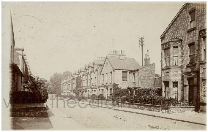 Postcard front: Claremont Tr.