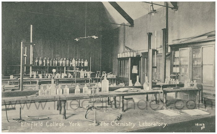 Postcard front: Elmfield College, York - the Chemistry Laboratory
