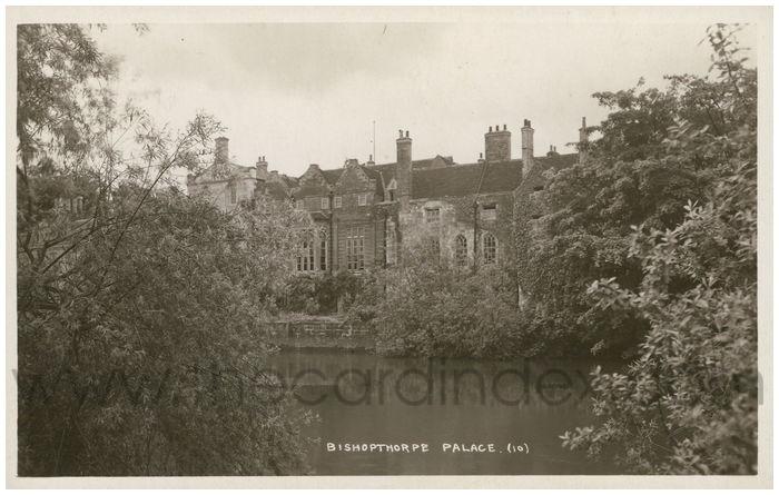 Postcard front: Bishopthorpe Palace