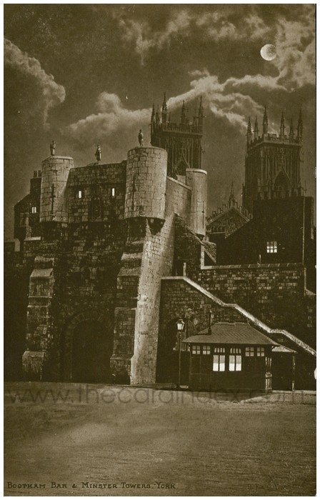 Postcard front: Bootham Bar & Minster Towers York